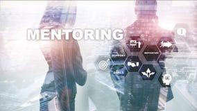 Επιχειρησιακό Mentoring Προσωπική προγύμναση Έννοια ανάπτυξης κατάρτισης προσωπική Μικτά μέσα στοκ φωτογραφία με δικαίωμα ελεύθερης χρήσης