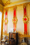 Επιχρυσωμένος τοίχος στο παλάτι του βασιλιά στοκ φωτογραφίες με δικαίωμα ελεύθερης χρήσης
