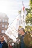 Επιδεικνύοντες που διαμαρτύρονται ενάντια στον τουρκικό Πρόεδρο Ερντογάν polic Στοκ Φωτογραφίες