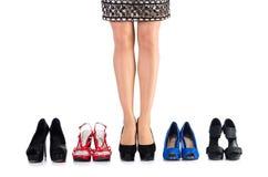 Επιλογή των παπουτσιών γυναικών στοκ φωτογραφία με δικαίωμα ελεύθερης χρήσης