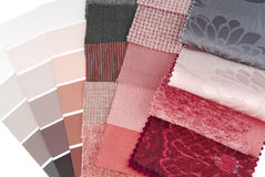 Επιλογή χρώματος ταπήτων και κουρτινών ταπετσαριών Στοκ φωτογραφίες με δικαίωμα ελεύθερης χρήσης