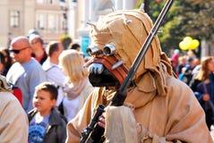 Επιδρομέας Tusken (άνθρωποι άμμου) στο Star Wars Στοκ εικόνες με δικαίωμα ελεύθερης χρήσης