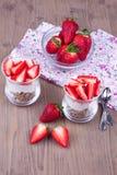 Επιδόρπιο με τη φράουλα Στοκ εικόνες με δικαίωμα ελεύθερης χρήσης