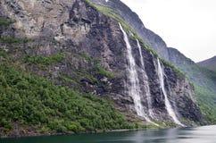 Επτά αδελφές, ο 39ος πιό ψηλός καταρράκτης στη Νορβηγία Στοκ εικόνα με δικαίωμα ελεύθερης χρήσης