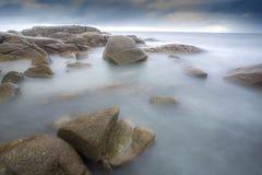 λεπτή χρυσή καλή κυματωγή θάλασσας πτώσης Στοκ εικόνα με δικαίωμα ελεύθερης χρήσης