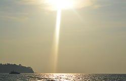 λεπτή χρυσή καλή κυματωγή θάλασσας πτώσης Στοκ εικόνες με δικαίωμα ελεύθερης χρήσης