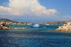 λεπτομερές ειδυλλιακό seascape της Ιταλίας μεγάλο πανοραμικό Σαρδηνία νησιών εικόνας καλοκαίρι spargi Στοκ φωτογραφίες με δικαίωμα ελεύθερης χρήσης