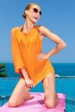 επόμενη τοποθέτηση λιμνών μόδας στη γυναίκα Στοκ Φωτογραφία