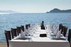 επόμενος πίνακας θάλασσας εστιατορίων Στοκ φωτογραφία με δικαίωμα ελεύθερης χρήσης