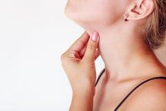 Επώδυνοι λαιμοί στοκ εικόνα