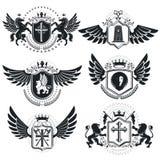 Εραλδικά πρότυπα εμβλημάτων διανυσμάτων πολυτέλειας Διανυσματικά οικόσημα αριστοκρατικός ελεύθερη απεικόνιση δικαιώματος