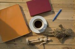 Εργάσιμη ημέρα με τον καφέ Στοκ Φωτογραφίες