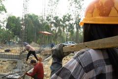 Εργάτες οικοδομών ή laborer με την υψηλότερη ζήτηση στο μέλλον στοκ εικόνες