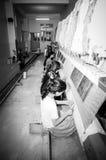 Εργαζόμενοι γυναικών στο εργαστήριο Στοκ Εικόνες