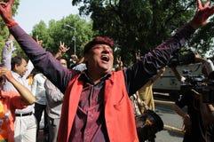 Εργαζόμενοι κομμάτων Bjp που γιορτάζουν κατά τη διάρκεια της εκλογής στην Ινδία Στοκ Φωτογραφίες