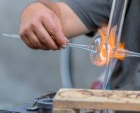 Εργαζόμενος γυαλιού στη δράση στην οδό Στοκ εικόνα με δικαίωμα ελεύθερης χρήσης