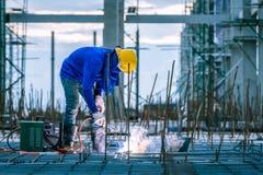 Εργαζόμενος συγκόλλησης οξυγονοκολλητών στοκ εικόνες με δικαίωμα ελεύθερης χρήσης