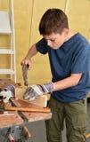 Εργαζόμενο αγόρι στοκ φωτογραφία με δικαίωμα ελεύθερης χρήσης