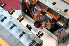 Εργαλεία για τα εξαρτήματα μελισσοκομίας και μελιού Εξοπλισμός μελισσοκομίας, πυροδοτώ? καινούργια εργαλεία Στοκ Φωτογραφίες