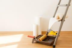 Εργαλεία για τις ταπετσαρίες ανακαίνιση Στοκ Εικόνες