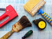 εργαλεία επισκευής brunelleschi πρόσκληση συγχαρητηρίων καρτών ανασκόπησης στοκ φωτογραφία με δικαίωμα ελεύθερης χρήσης