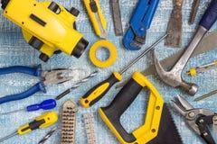 Εργαλεία και εξαρτήματα ανακαίνισης σπιτιών στοκ φωτογραφία