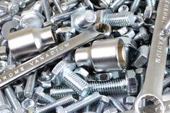 Εργαλεία μετάλλων και καθορίζοντας στοιχεία Στοκ Εικόνες