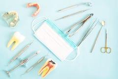 Εργαλεία οδοντιάτρων και prosthodontic Στοκ Εικόνα