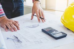 Εργαλεία στοιχείων εργασιακών χώρων για την εργασία προγράμματος, αρχιτεκτόνων ή μηχανικών Στοκ φωτογραφίες με δικαίωμα ελεύθερης χρήσης