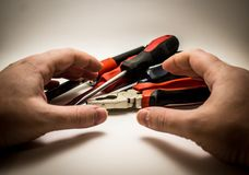Εργαλεία χεριών σε ένα άσπρο υπόβαθρο στοκ εικόνα