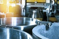 Εργαλειομηχανή για την επεξεργασία μετάλλων των βαλβίδων στάσεων στοκ εικόνα