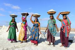 Εργασία γυναικών στην Ινδία στοκ φωτογραφίες