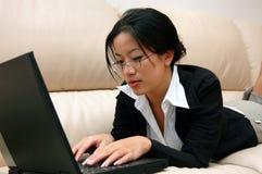 εργασία γυναικών στοκ φωτογραφίες με δικαίωμα ελεύθερης χρήσης
