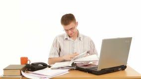 Εργασία διευθυντών στην αρχή φιλμ μικρού μήκους