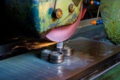 εργασία μετάλλων μηχανημάτων Στοκ φωτογραφίες με δικαίωμα ελεύθερης χρήσης