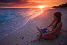 Εργασία οπουδήποτε στον παράδεισο στοκ φωτογραφίες με δικαίωμα ελεύθερης χρήσης