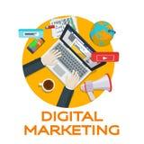 Εργασία στα κοινωνικά δίκτυα Στοιχεία analytics Ιστού Ψηφιακό μάρκετινγκ γύρω από το εννοιολογικό seo βελτιστοποίησης επιστολών λ Στοκ Εικόνες