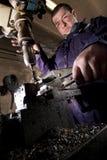εργασίες βιομηχανικών εργατών τρυπανιών Στοκ Φωτογραφίες