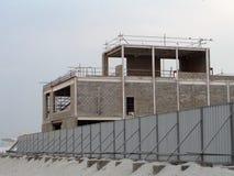 Εργασίες για την κατασκευή ενός σπιτιού διαμερισμάτων Στοκ Εικόνες