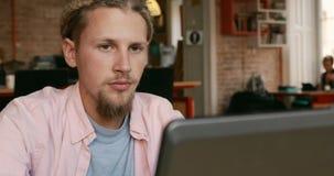 Εργασίες Freelancer για το πρόγραμμα φιλμ μικρού μήκους