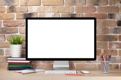 Εργασιακός χώρος γραφείων γραφείων με το PC Στοκ εικόνες με δικαίωμα ελεύθερης χρήσης