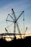 Εργασιακός χώρος εγκαταστάσεων καθαρισμού πλατφορμών άντλησης πετρελαίου Οικοδομικής Βιομηχανίας σκιαγραφιών Στοκ Εικόνα