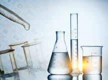 Εργαστηριακά γυαλικά, έρευνα επιστήμης, υπόβαθρο επιστήμης Στοκ φωτογραφία με δικαίωμα ελεύθερης χρήσης
