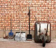 εργαλεία άνοιξης κηπουρικής κήπων Στοκ εικόνα με δικαίωμα ελεύθερης χρήσης