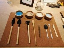 εργαλεία άνοιξης κηπουρικής κήπων Στοκ Φωτογραφίες
