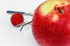 Εργαλεία για την οδοντικές θεραπεία και τη διάγνωση Apple Στοκ Φωτογραφία