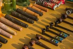 Εργαλεία για τον καπνό στην αγορά στην Ινδία, ο Βορράς Goa, Arambol Στοκ Εικόνες