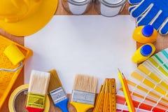 Εργαλεία επισκευής και χρωμάτων συλλογής στο καθαρό φύλλο Στοκ Φωτογραφία