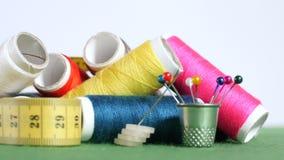 Εργαλεία και προμήθειες για το ράψιμο απόθεμα βίντεο