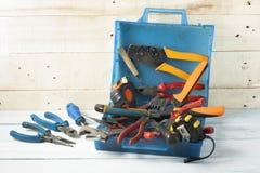 Εργαλεία κατασκευής στο ξύλινο υπόβαθρο Διάστημα αντιγράφων για το κείμενο Σύνολο ανάμεικτου εργαλείου εργασίας Τοπ όψη Στοκ Εικόνα